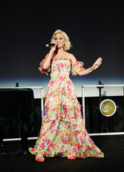Katy Perry was a boho beauty in an off-the-shoulder floral gown by Caroline Constas at the Capitol Congress.