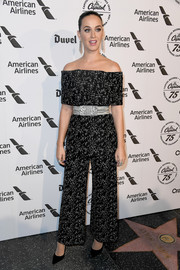 Katy Perry stayed on trend in a monochrome off-the-shoulder top by Lela Rose at the Capitol Records 75th anniversary gala.