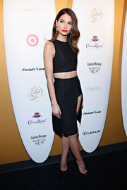 Lily Aldridge turned up the heat in a black pencil skirt with a hip-grazing slit.