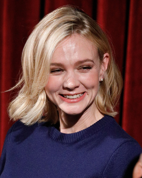 Carey Mulligan Short Wavy Cut [hair,face,blond,hairstyle,facial expression,eyebrow,chin,lip,nose,smile,carey mulligan,mudbound,stage,moma celeste bartos theater,new york city,academy of motion picture arts sciences,academy of motion picture arts sciences official academy screening of mudbound,official academy screening]