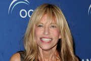 Carly Simon Long Wavy Cut with Bangs