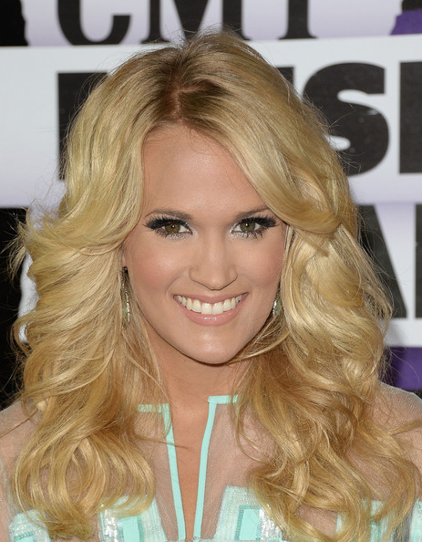 Carrie Underwood False Eyelashes