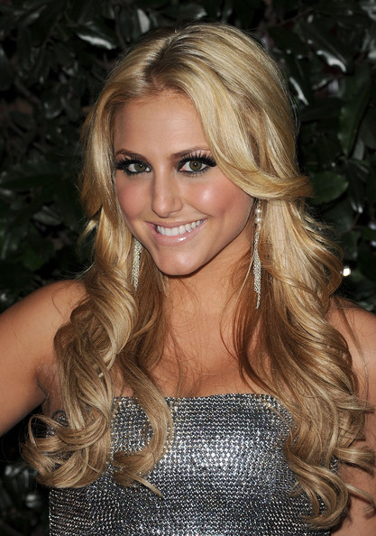 Cassie Scerbo Dangling Chain Earrings