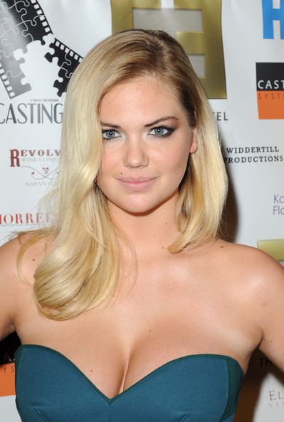 More Pics of Kate Upton Strapless Dress (3 of 8) - Kate Upton Lookbook - StyleBistro