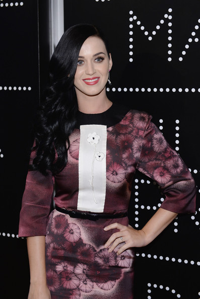 More Pics of Katy Perry Print Dress (1 of 6) - Katy Perry Lookbook - StyleBistro