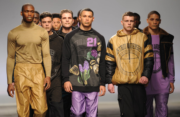 A Sporty Motif at the MAN Show