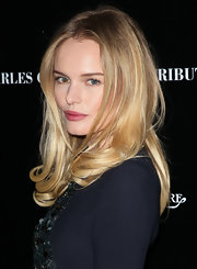 Kate Bosworth kept her tresses long and sleek and added a casual middle part for the 40th Anniversary Celebration of Sir Charlie Chaplin's Honorary Academy.