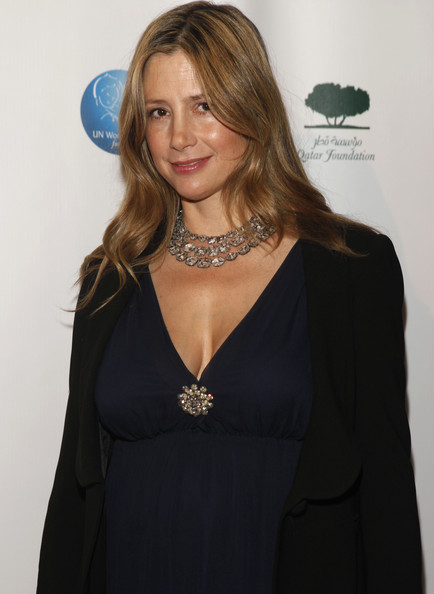 More Pics of Mira Sorvino Evening Dress (1 of 16) - Mira Sorvino Lookbook - StyleBistro