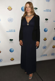 Mira Sorvino wore a simple yet classy black evening dress to the UN celebration.