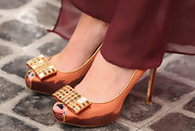 Mischa's shiny gem-adorned peep-toes glistened underneath the glowing Melbourne sun.