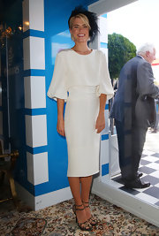 Rachael Taylor looked chic in a white dress at the Victoria Derby Day. She topped off her look with strappy sandals.