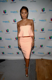 Jada Pinkett Smith defied age in a peach Elizabeth and James strapless dress while visiting the 'Despierta America' set.