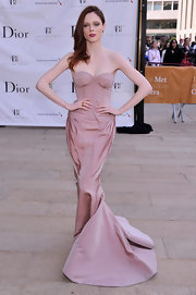 Coco Rocha's blush-colored gown featured a bustier bodice and a fitted skirt that tapered off into a flowing mermaid train.