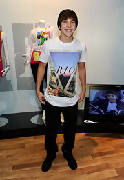 Austin Mahone wore a graphic-print tee while attending the Licensing Expo in Las Vegas.