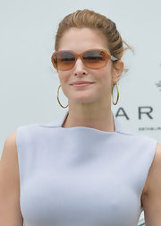 Stephanie Seymour kept it classic with this neat updo at the Sentebale Royal Salute Polo Cup.