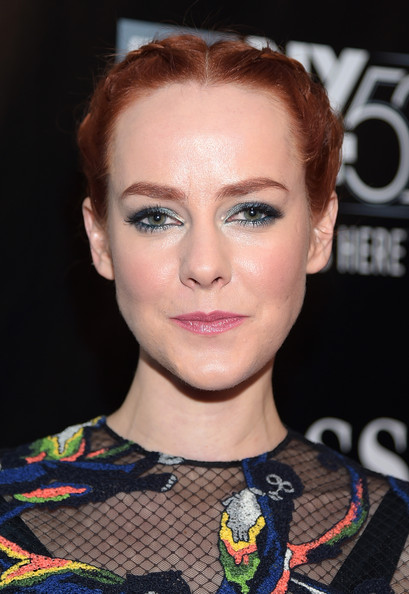 Jena Malone styled her hair into double French braids for the world premiere of 'Inherent Vice.'