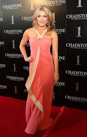 Natalie Bassingthwaighte looked absolutely stunning wearing a halter dress at the Chadstone Shopping Centre launch party.