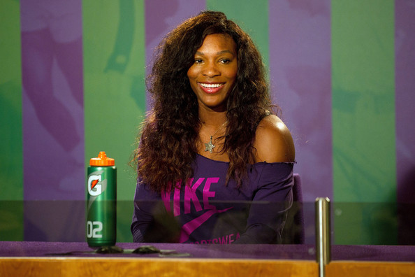 Serena Williams attended an event during the 2011 Wimbledon Championships wearing her long hair in casual waves.