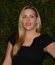 Busy Philipps sported a glossy straight 'do during Drew Barrymore's book release party.