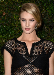 Rosie Huntington-Whiteley oozed romantic elegance wearing this lovely side chignon during the Chanel and Charles Finch pre-Oscar dinner.