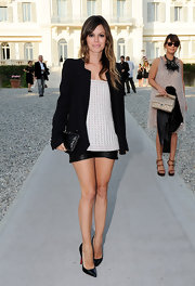 As the face of Magnum Ice Cream, whose commercials are directed by Karl Lagerfeld, it's no surprise to see Rachel Bilson at the Chanel Resort Fashion Show. The actress looked chic and modern in a black blazer with black leather shorts and a textured top.
