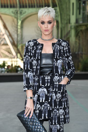 Katy Perry accessorized her outfit with an elegant rectangle-faced watch for the Chanel Couture Fall 2017 show.