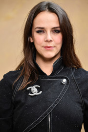 Pauline Ducruet attended the Chanel Fall 2018 show wearing a loose center-parted 'do.