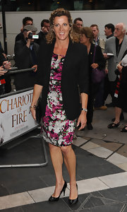 A pair of black patent leather pumps finished off Sally Gunnell's classic look.