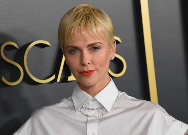 Charlize Theron Pixie [hair,blond,face,hairstyle,eyebrow,lip,chin,forehead,ear,hair coloring,arrivals,nominees,charlize theron,hollywood,california,oscars,oscars nominees luncheon,charlize theron,90th academy awards,hollywood,91st academy awards,82nd academy awards,actor,screen actors guild awards,academy award for best actress,red carpet,fashion]