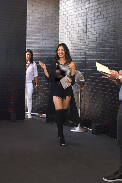 More Pics of Olivia Munn Denim Dress (1 of 6) - Dresses & Skirts Lookbook - StyleBistro [performance,fashion,leg,joint,event,model,photography,photo shoot,knee,thigh,olivia munn,chefs cut real jerky,california,los angeles,event,event,national jerky day]