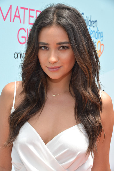 shay mitchell hair style shay mitchell stunning hairstyle ideas from 7894