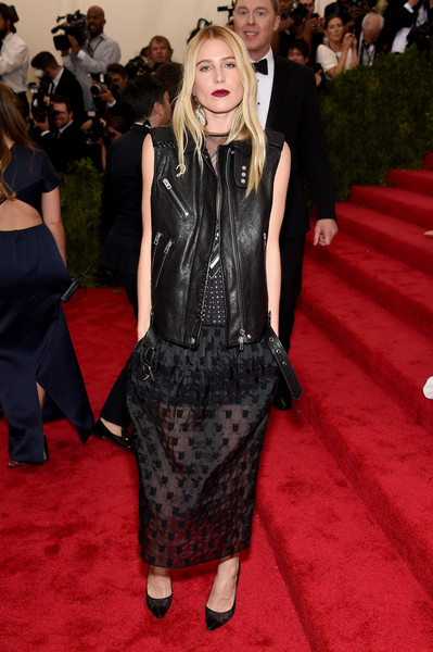 Dree Hemingway was rocker-chic at the Met Gala in a black leather vest layered over an LBD, both by Coach. The only (very loose) Chinese reference came from the 'China Girl' print at the back of the vest.