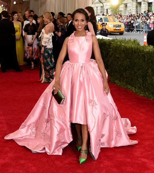 Kerry Washington (in Prada) as Aurora