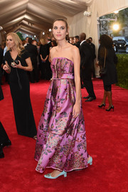 Alexa Chung looked oh-so-sweet at the Met Gala in a lavender floral strapless dress by Erdem.