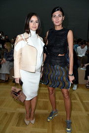 Giovanna Battaglia paired her top with a matching multicolored mini skirt.