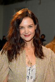 Katie Holmes sported messy-chic waves at the Chloe Fall 2020 show.