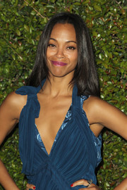 Zoe Saldana wore her hair loose and straight at the Chloe LA fashion show and dinner.