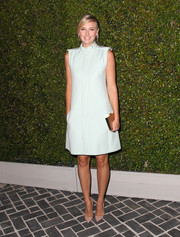 Maria Sharapova went for simple sophistication with this mint shift dress during the Chloe LA fashion show and dinner.