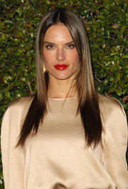 Alessandra Ambrosio finished off her beauty look with a sultry red lip color.