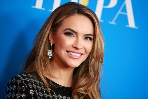 Chrishell Stause Dangling Diamond Earrings [hair,face,hairstyle,eyebrow,blond,beauty,chin,lip,skin,brown hair,arrivals,chrishell stause,beverly hills,california,regent beverly wilshire hotel,hollywood foreign press association,annual grants banquet,hollywood foreign press associations annual grants banquet]