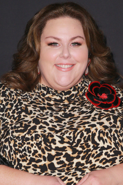 Chrissy Metz Medium Wavy Cut
