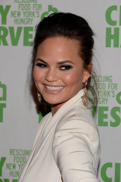 Chrissy Teigen French Twist