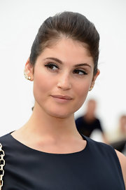 Gemma Arterton chose a pinned back 'do to open up her face and show off her flawless skin.