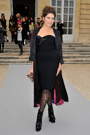 Stella Schnabel wore textured tights at the Christian Dior show for the Paris Fall Fashion Week.