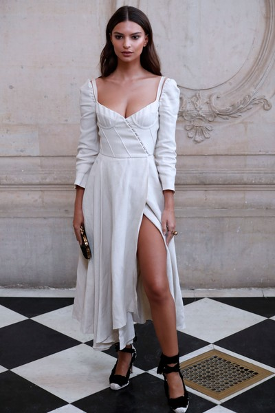 Look of the Day: September 26th, Emily Ratajkowski
