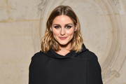 Olivia Palermo sported casual shoulder-length waves at the Christian Dior Spring 2018 show.