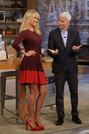 Christie looked fab on the set of 'Anderson Live' in this two-tone fit-and-flare dress.