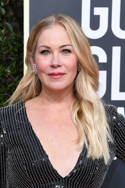 Christina Applegate Long Wavy Cut [hair,face,blond,hairstyle,eyebrow,lip,beauty,layered hair,long hair,chin,arrivals,christina applegate,the beverly hilton hotel,beverly hills,california,golden globe awards,christina applegate,celebrity,golden globe awards,actor,kelly bundy,dead to me,television,hollywood]