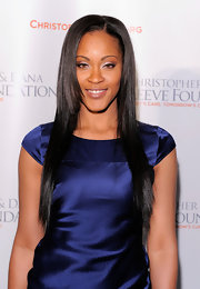 Shontelle showed off her long straight locks while attending a gala in New York.