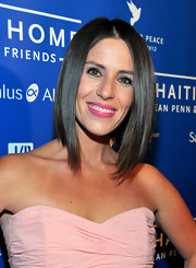 Soleil Moon Frye wore a glossy hot pink lipstick at the Cinema for Peace Benefit.